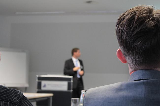 conférence et site web du CE