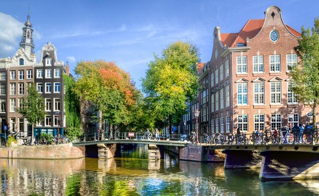 Week-end à Amsterdam en groupe avec le CSE : conseils et devis