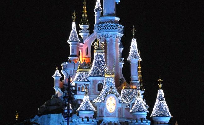 Disneyland Paris : organiser une sortie journée ou week-end avec le CSE